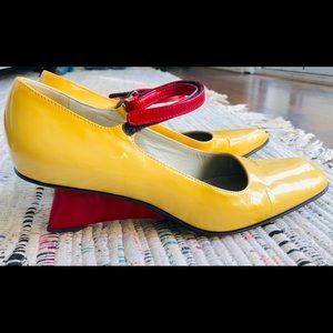 Killer vintage Prada heels in superb condition!